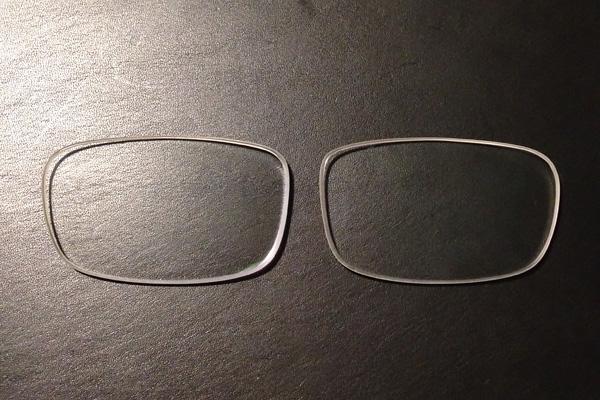 メガネのレンズについた傷を研磨で直そうとしてレンズに詳しくなった