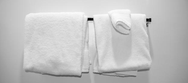 バスタオルを毎日洗うのは面倒?よろしい、ならば小さいバスタオルだ