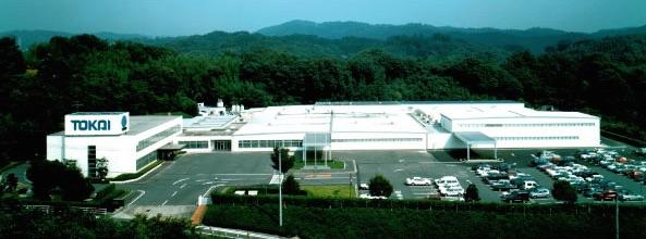 東海光学株式会社 メガネレンズ工場